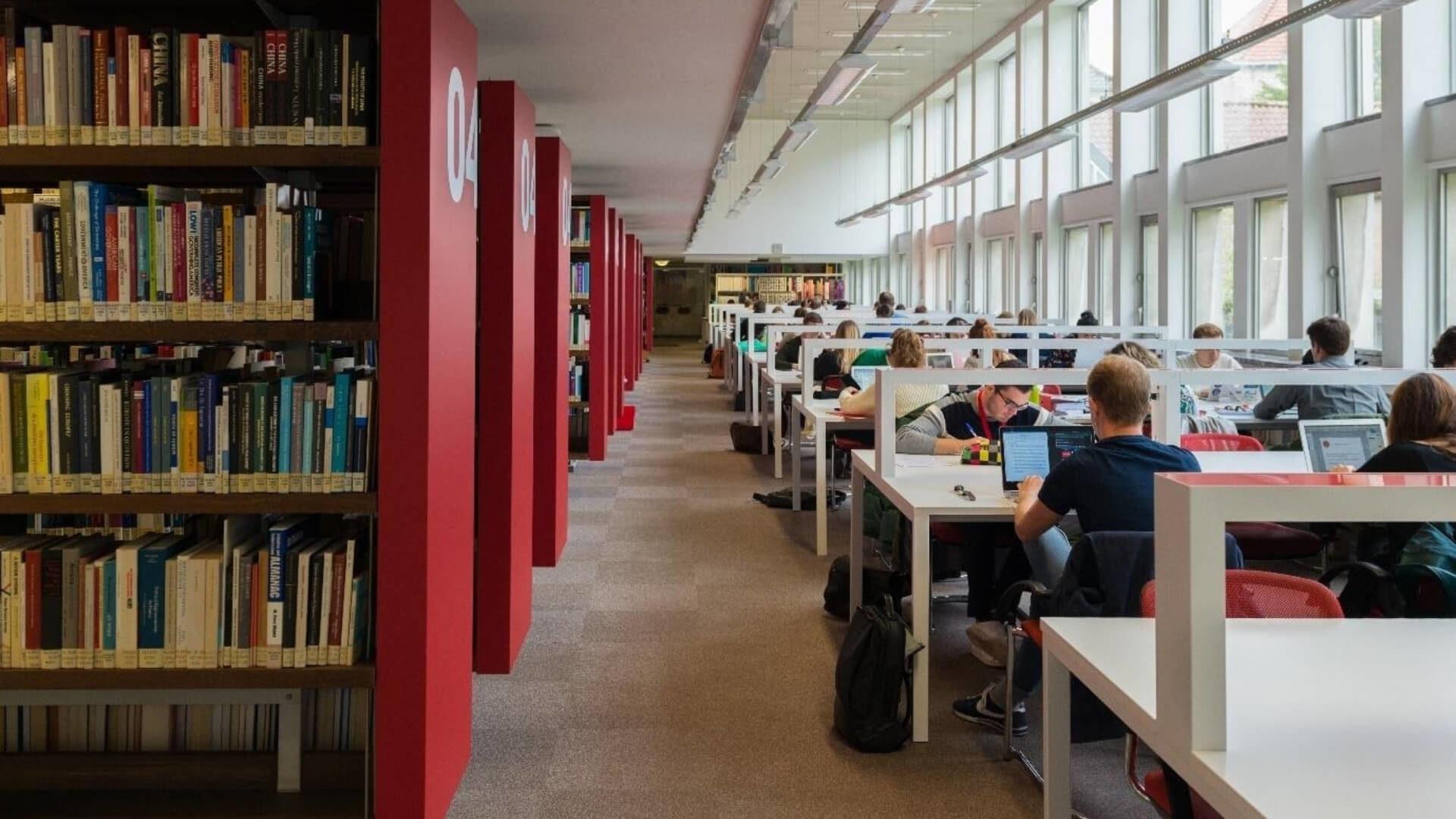 College of Europe - ekz benelux